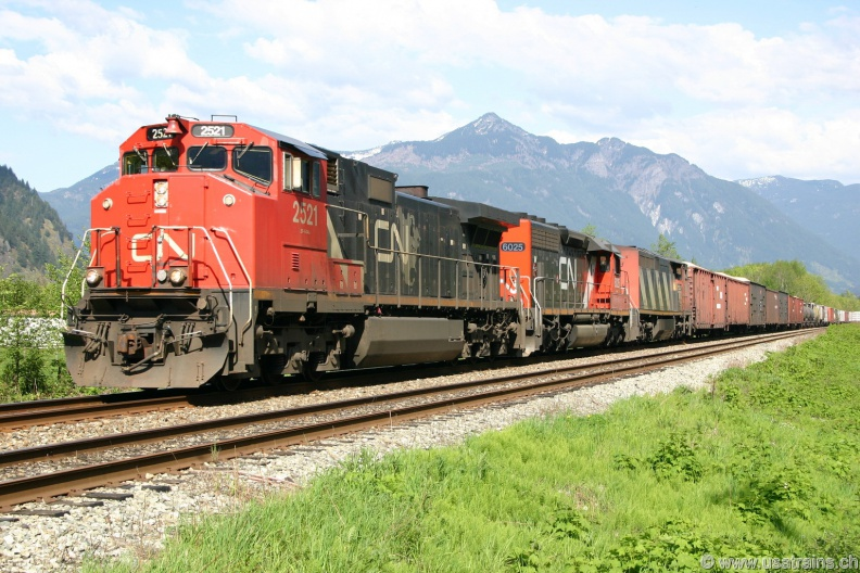CN2521-APR05-HOPE,BC.jpg