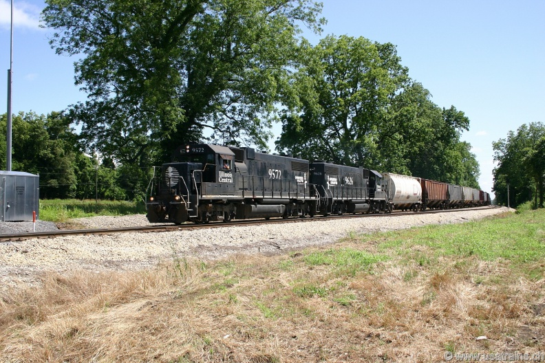 IC9572-MAY04-CRUPP,MS.JPG